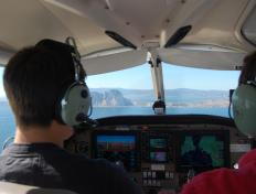 Laurent as captain, with Cédric. Long final, Gibraltar