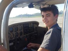 First solo flight for Valentin on 17 April 2018 (Charleroi airport)