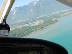 The OO-JET climbing to 7000 feet, above the Lake Léman !